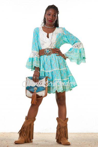vestido troquelados azul