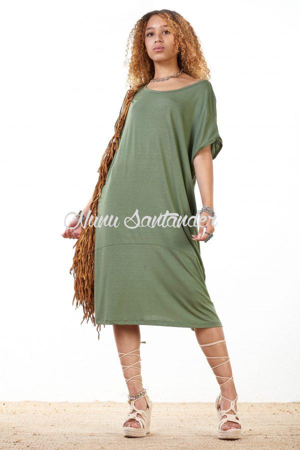 Vestido básico con cuello redondo
