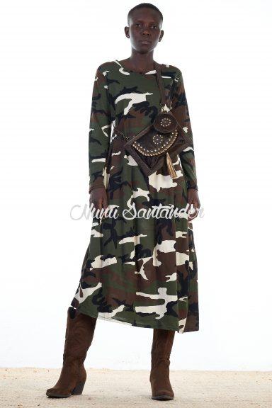 vestido de camuflaje